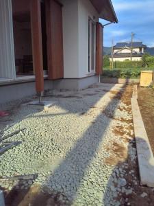 外構工事はデッキと外部足洗場の土間コンクリを するだけになりました