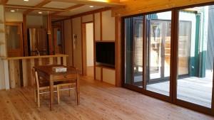 とっても開放感がある空間として使ってもらえるように、 和室+LDKが一体となって配置されていますが
